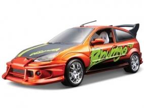 Bburago Тюнърс Колекция Ford Focus 1:24 93004 - 23002